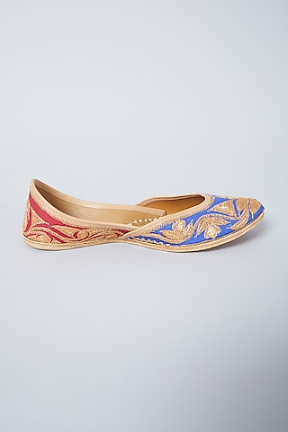 Blue & Red Embroidered Juttis by CILWANA STUDIO