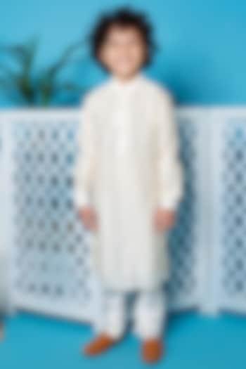 Ivory Kurta Set With Mirror Work by Little Boys Closet