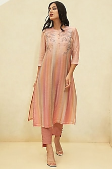 Pink Printed Embroidered Kurta Set by CLOS