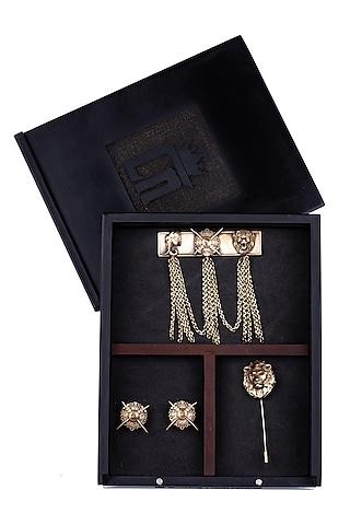Antique Gold Maharaja Brooch Set by Cosa Nostraa