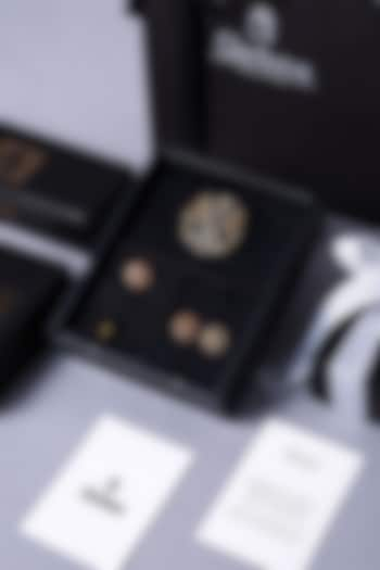 Dual Tone Finish Brass Cufflink Set by Cosa Nostraa