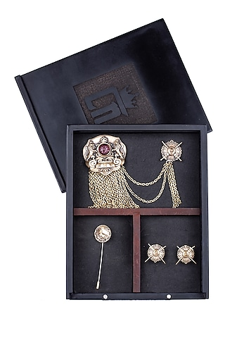 Antique Gold Royal Club Brooch Set by Cosa Nostraa