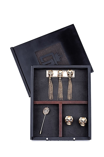 Antique Gold Three Wise Skull Brooch Set by Cosa Nostraa