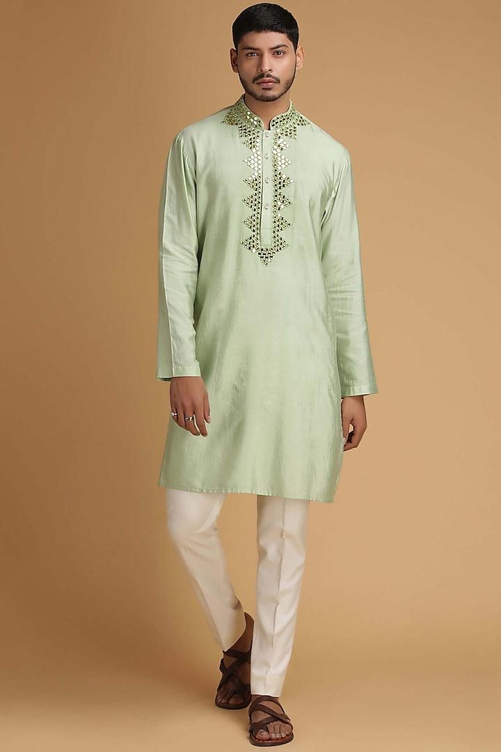 Green Mirrored Kurta Set by Chatenya Mittal