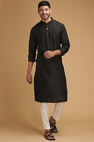 Black Cotton Silk Kurta Set by Chatenya Mittal