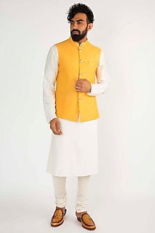 Yellow Nehru Jacket by Chatenya Mittal