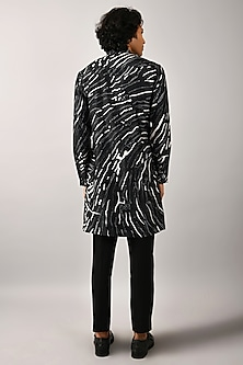 Black Front Open Kurta by Countrymade