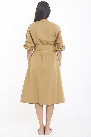 Mud Brown Midi Dress With Belt by Deepika Arora