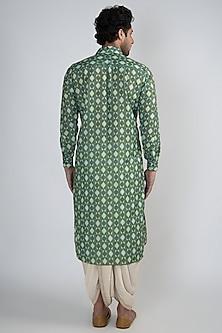 Emerald Green Digital Printed Viscose Kurta by Devanshi Didwania
