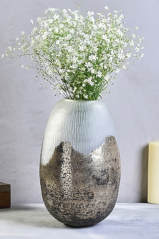White Glass Midas Touch Vase by The 7 Dekor