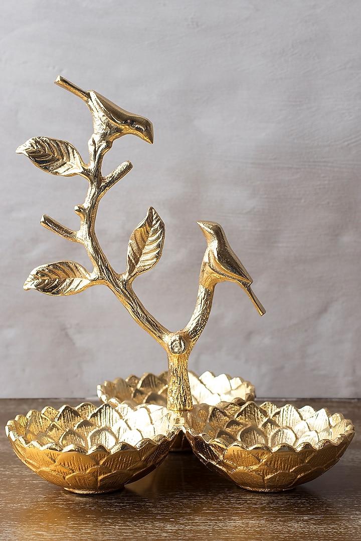 Gold Metal Centerpiece by The 7 DeKor