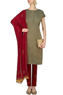 Olive Green Peacock Motifs Kurta with Maroon Pants by Vandana Dewan