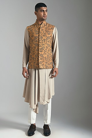 Ochre Yellow Embroidered Jacket by Dhruv Vaish