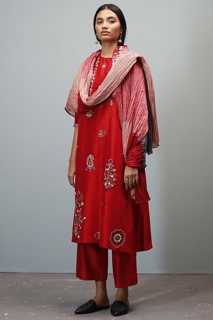 Poppy Red Kantha Hand Embroidered Kurta Set by Divyam Mehta