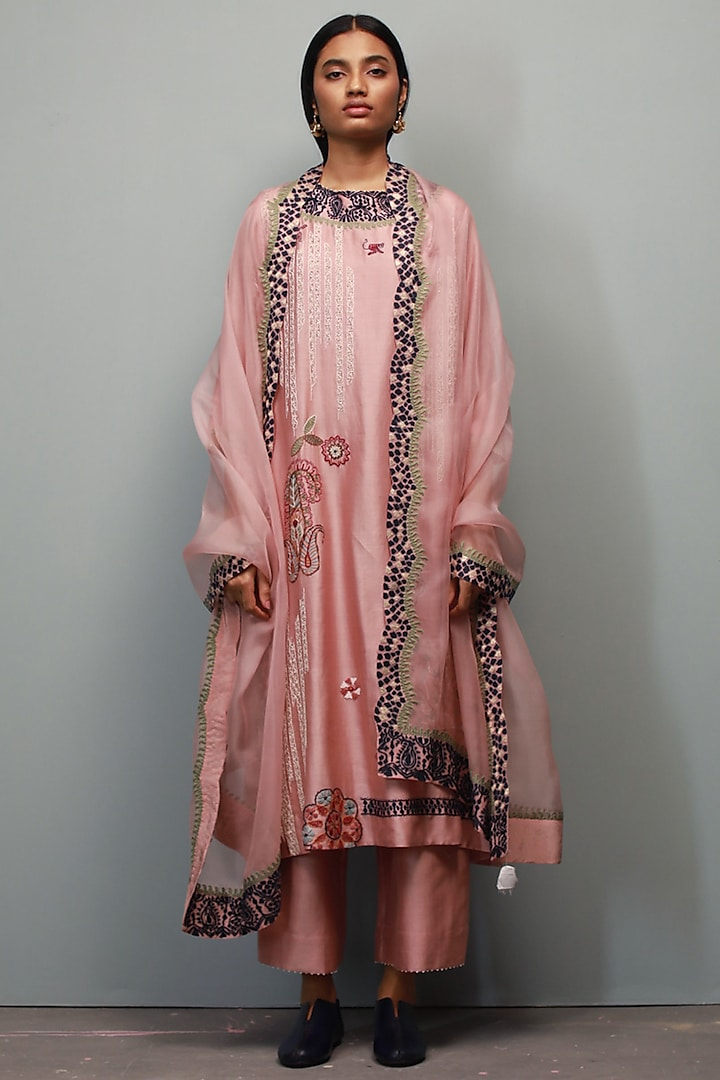 Rose Quartz Kantha Hand Embroidered Kurta Set by Divyam Mehta