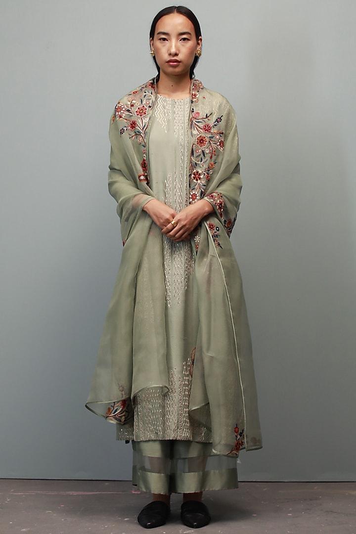 Saunf Green Kurta Set With Hand Embroidery by Divyam Mehta
