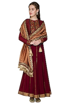 Maroon Vintage Rose Zardosi Embroidered Anarkali Set by Diva'ni