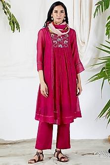 Fuchsia Embroidered Kurta Set by Devyani Mehrotra-DEVYANI MEHROTRA