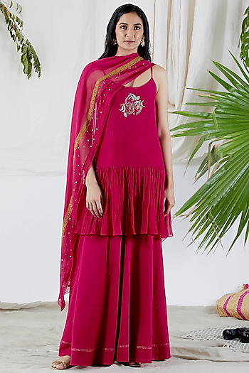 Fuchsia Embroidered Gharara Set by Devyani Mehrotra