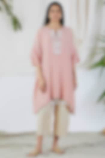 Blush Pink Embroidered Kaftan Set by Devyani Mehrotra