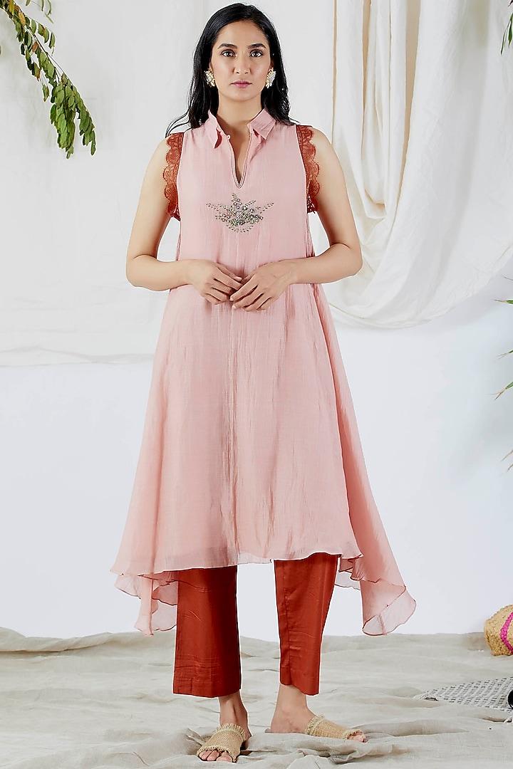 Blush Pink & Maroon Embroidered Tunic Set by Devyani Mehrotra