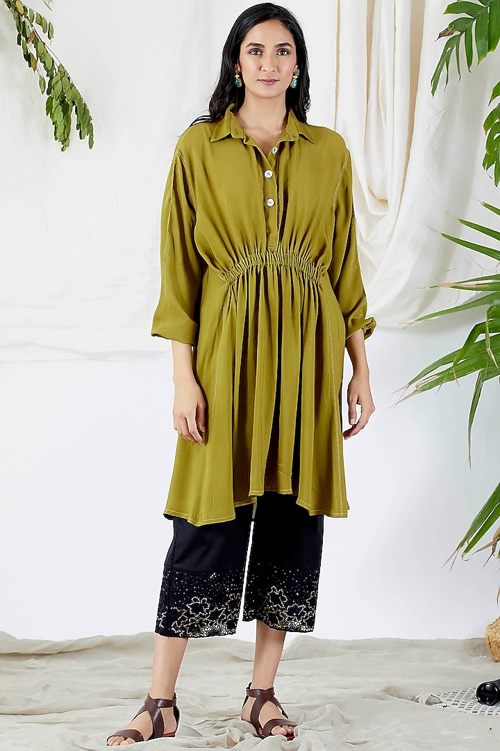 Mehendi Green Embroidered Tunic Set by Devyani Mehrotra