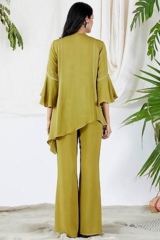 Mehendi Green Embroidered Pants Set by Devyani Mehrotra