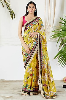 Yellow Printed Saree Set by Devyani Mehrotra-DEVYANI MEHROTRA