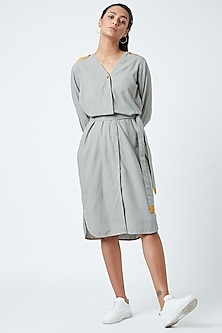 Grey Printed Striped Tunic With Belt by Doodlage