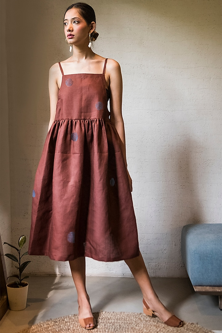 Pecan Brown Gathered Dress by Doodlage