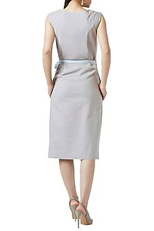 Grey Knotted Dress by Doodlage