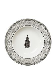 Black & White Awadh Porcelain Round Pasta Plate by Ritu Kumar Home