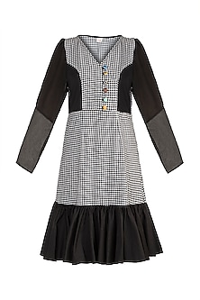 Black & White Checkered Knee Length Dress by DOOR OF MAAI