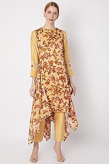 Yellow Embroidered Kurta With Pants by Drishti & Zahabia