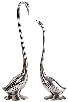 Silver Aluminum Swan Showpiece (Set of 2) by Sammsara