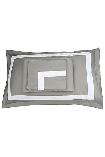 Ash Grey Cotton Bedsheet Set by Veda Homes