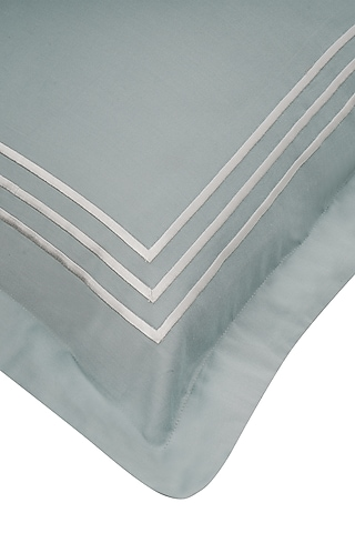 Frosty Green Cotton Bedsheet Set by Veda Homes