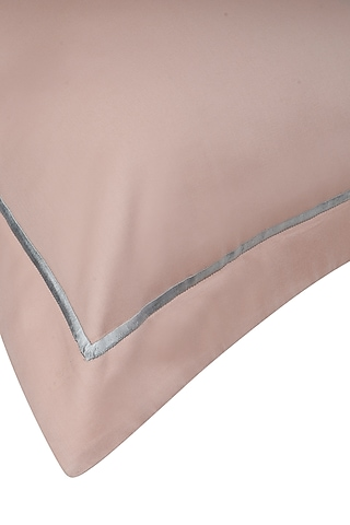 Coral Peach Cotton Bedsheet Set by Veda Homes