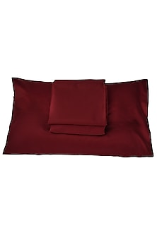 Maroon Cotton Bedsheet Set by Veda Homes