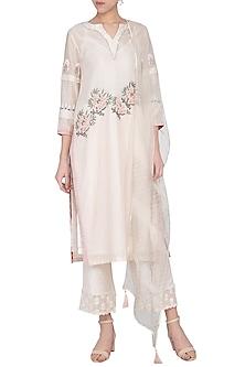 Off White Embroidered & Pintuck Kurta Set by Devnaagri