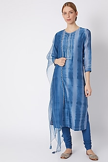 Blue Tie-Dye Printed Kurta Set by Devnaagri