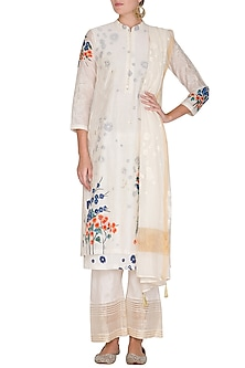 Off White Hand Painted & Embroidered Kurta Set by Devnaagri
