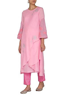 Pink Embroidered Printed Kurta With Pants by Devnaagri