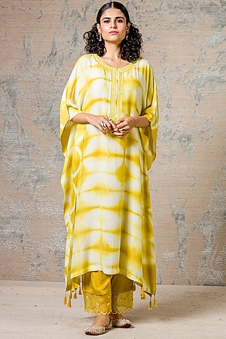 Yellow Embroidered Kaftan kurta Set by Devnaagri