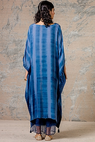 Blue Embroidered Kaftan Kurta Set by Devnaagri