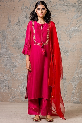 Fuchsia Embroidered Kurta Set by Devnaagri