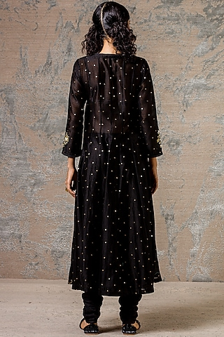 Black Sequins Hand Embroidered Kurta Set by Devnaagri
