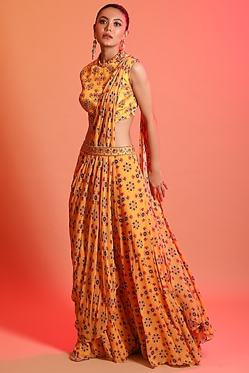 Yellow Printed Saree Set With Belt by Diya Rajvvir