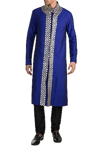 Electric Blue Embroidered Kurta by Diya Rajvvir Men