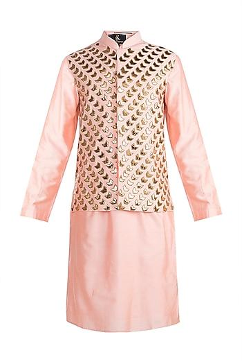 Peach Embroidered Bundi Jacket With Kurta by Diya Rajvvir Men